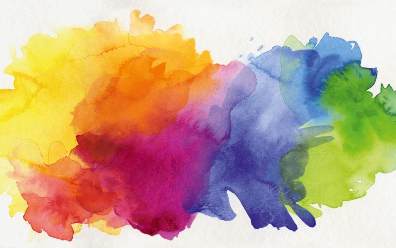 handgemalte dynamische aquarell-texturen auf papier in regenbogen-farbigkeit freigestellt